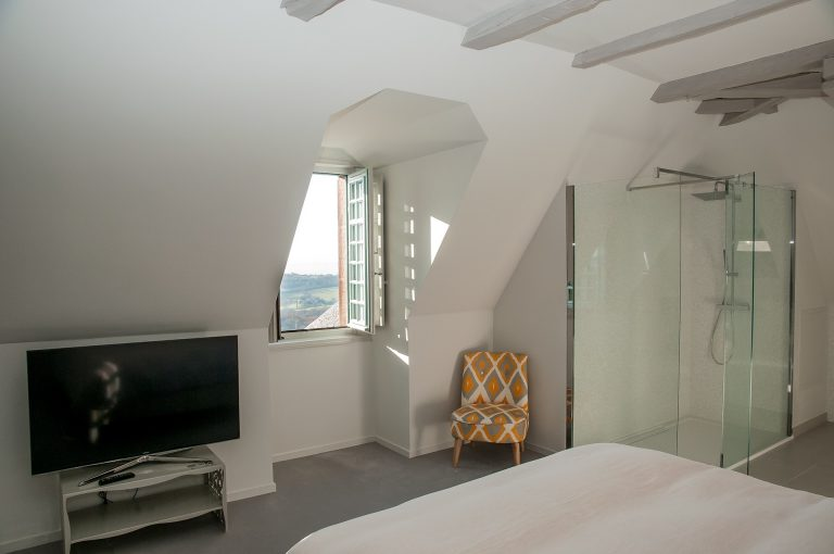 Chambre Noyer du château de Marsac
