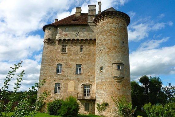 Château de Curemonte en Corrèze