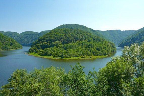 Vallée de la Dordogne proche du château de Marsac