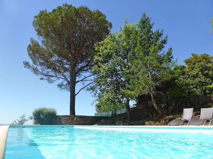 Piscine privée - chambres d'hôtes château de Marsac en Corrèze